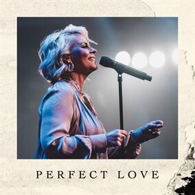 Perfect Love Por Lisa Brunson